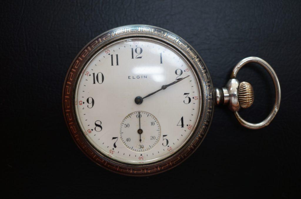 No.1725  ELGIN  (エルジン) 手巻き式 懐中時計を修理しました