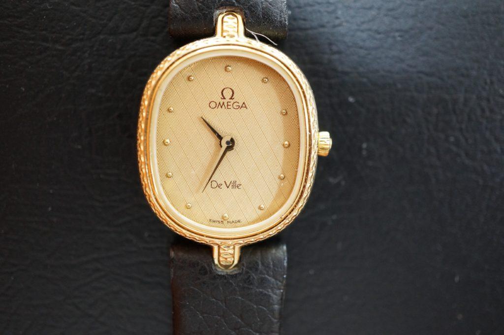 No.1743  OMEGA De Ville (オメガ デビル) クォーツ式 腕時計を修理しました