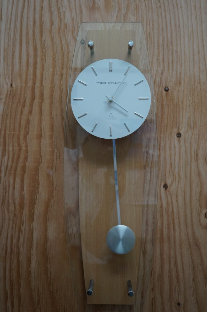No.1747  TICHMWAY(オリジナル) クォーツ式 掛け時計を修理しました