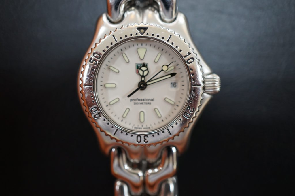 No.1885  TAG HEUER(タグホイヤー)クォーツ式 腕時計を修理しました