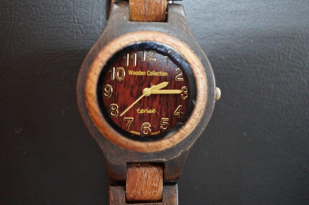 No.1907  Wooden ollection  クォーツ式 腕時計を修理しました