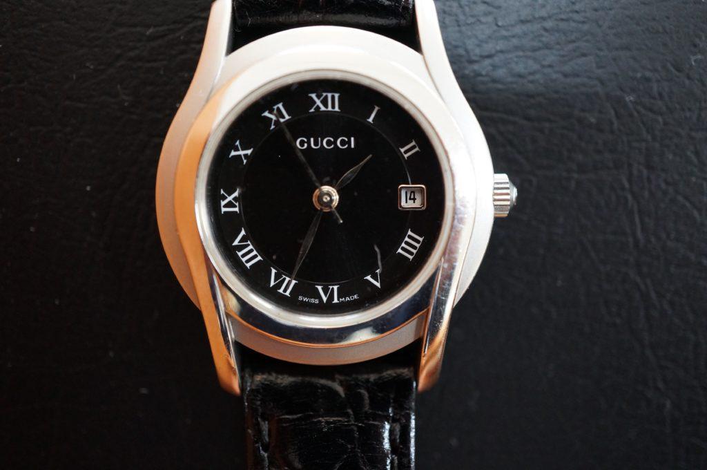 No.1922  GUCCI  (グッチ ) クォーツ式腕時計を修理しました