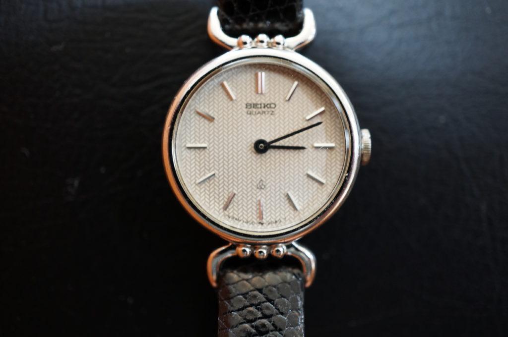 No.1946  SEIKO  (セイコー ) クォーツ式 腕時計を修理しました