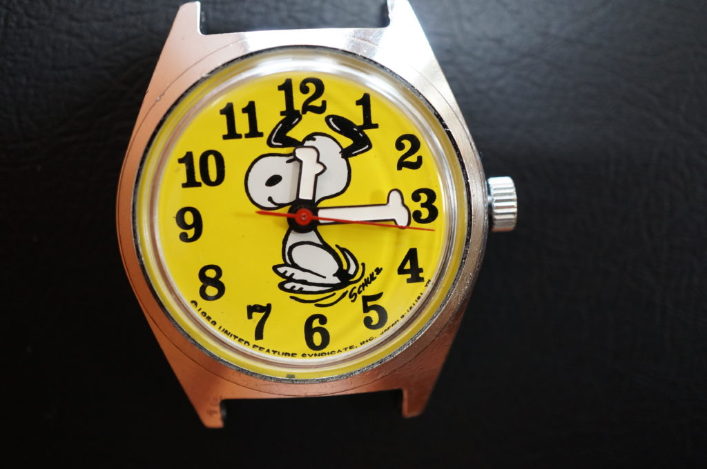 No.2066  スヌーピー 手巻き式 腕時計を修理しました