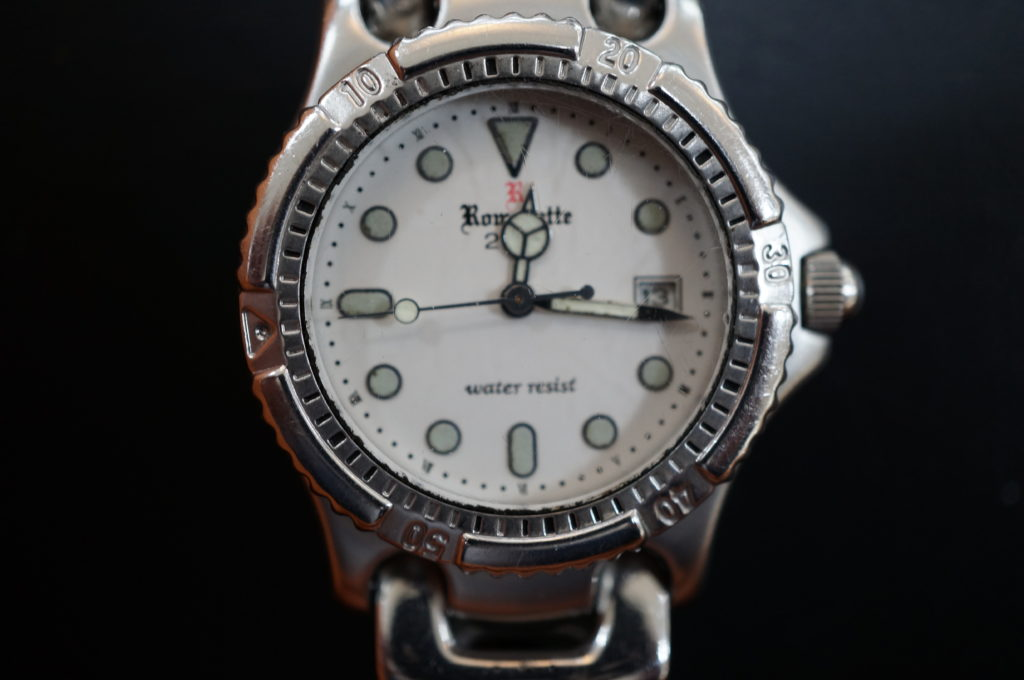 No.2061  Romanette クォーツ式 腕時計を修理しました