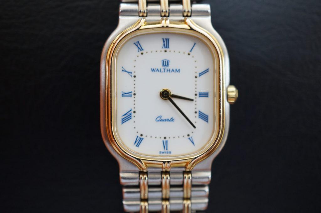 No.2105  WALTHAM  (ウォルサム ) クオーツ式 腕時計を修理しました
