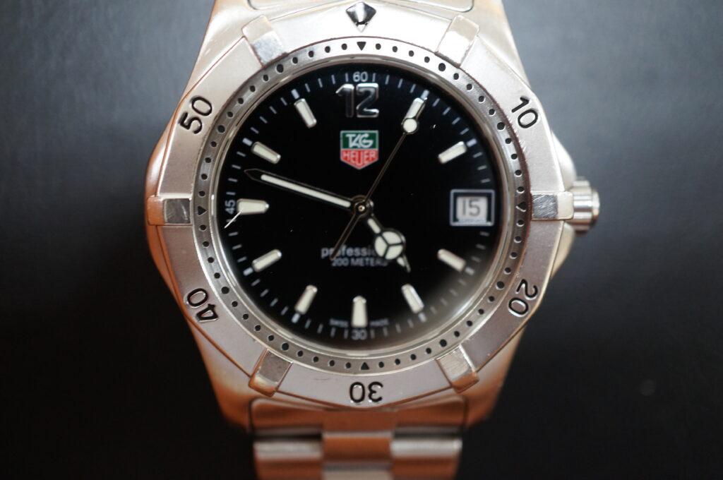 No.2069  TAG HEUER(タグホイヤー)自動巻式 腕時計を修理しました