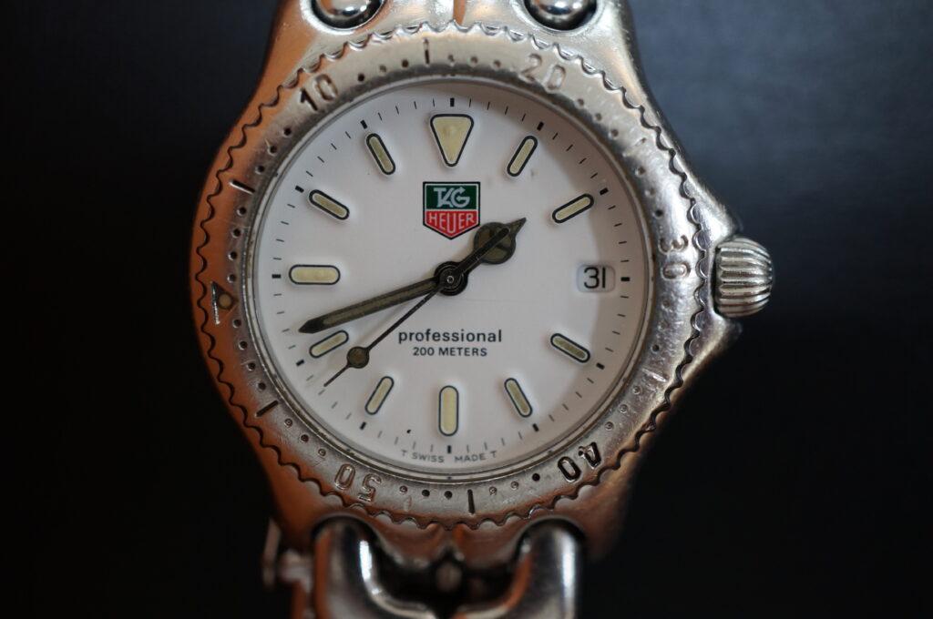 No.2254  TAG HEUER(タグホイヤー)自動巻式 腕時計を修理しました