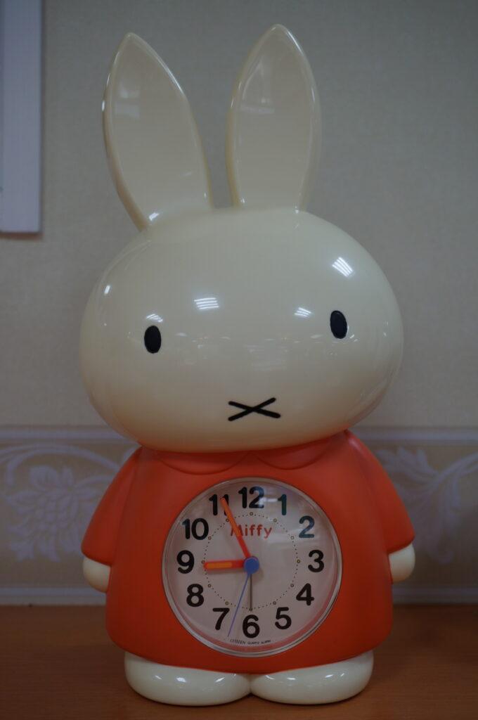 No.2239  Miffy クォーツ式 置時計を修理しました