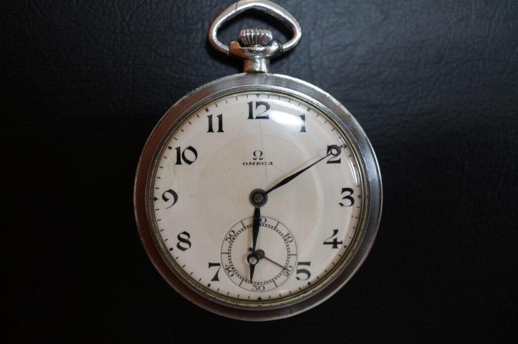 No.2296  OMEGA  (オメガ) 懐中時計を修理しました