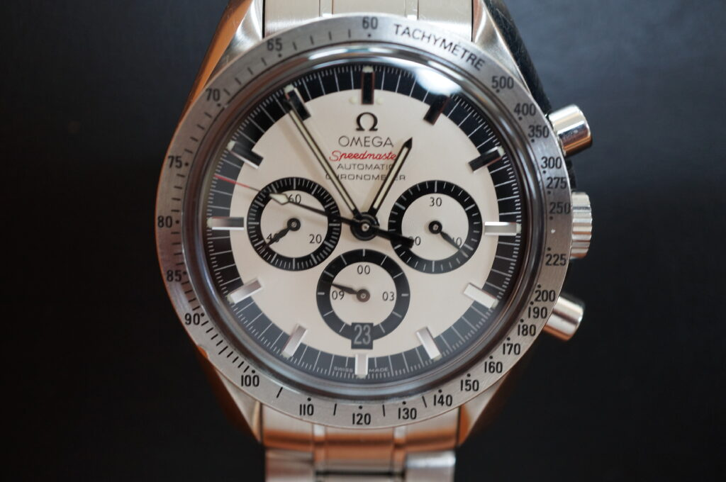 No.2273  OMEGA Speedmaster (オメガスピードマスター) 自動巻き 腕時計を修理しました