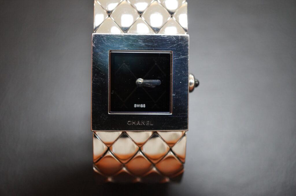 No.2320  CHANEL  (シャネル ) クォーツ式腕時計を修理しました