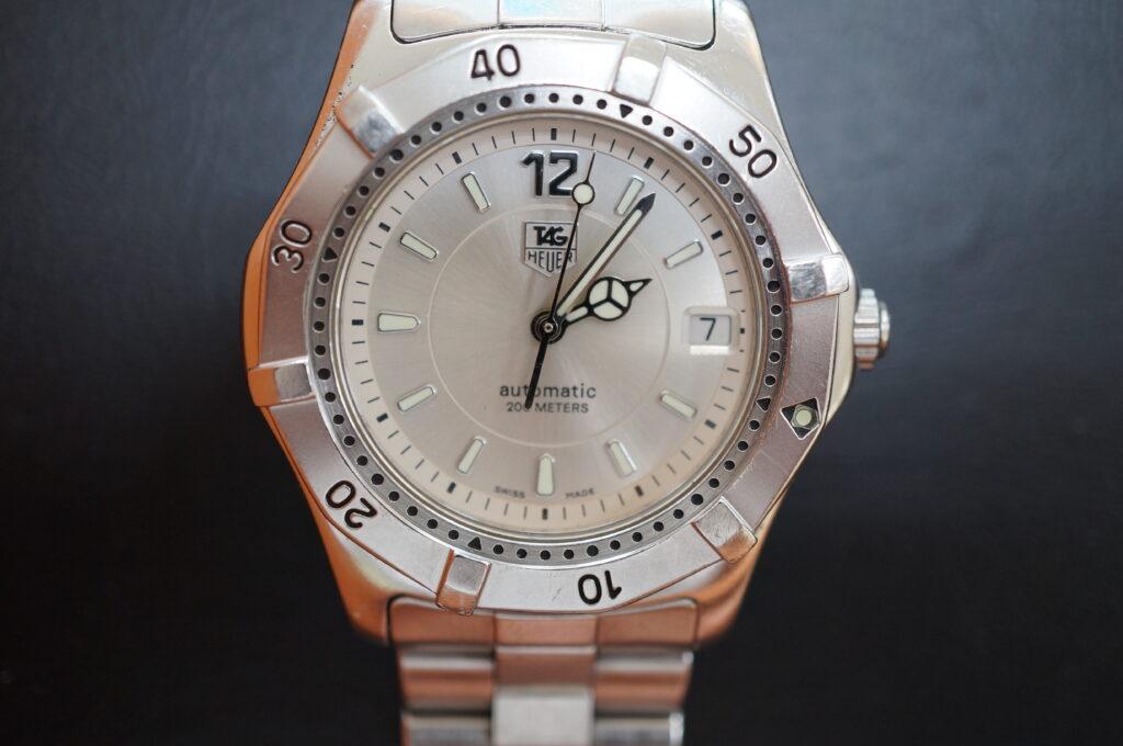 No.2315  TAG HEUER(タグホイヤー)自動巻式 腕時計を修理しました