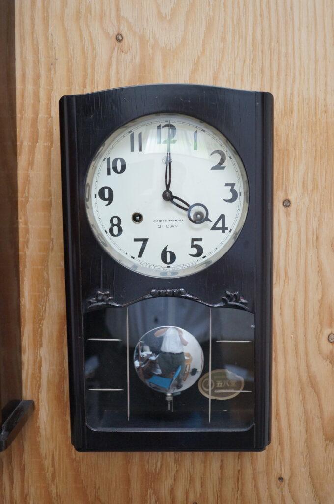 No.2354  アイチ アンティーク ゼンマイ式 掛け時計を修理しました