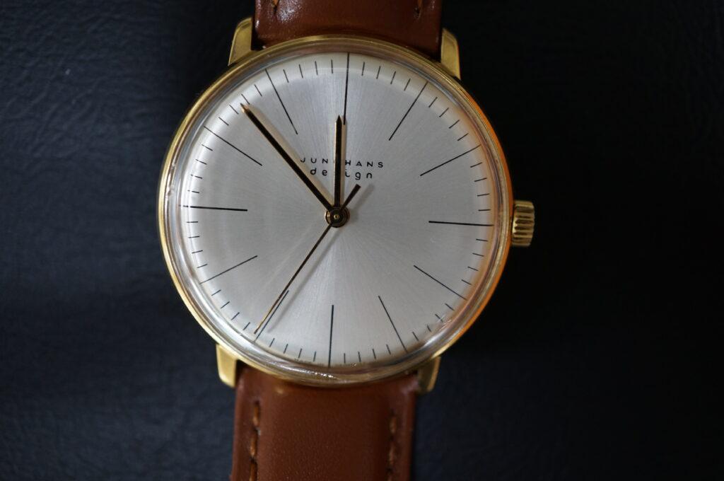 No.2396  JUNGHANS 手巻式 腕時計を修理しました