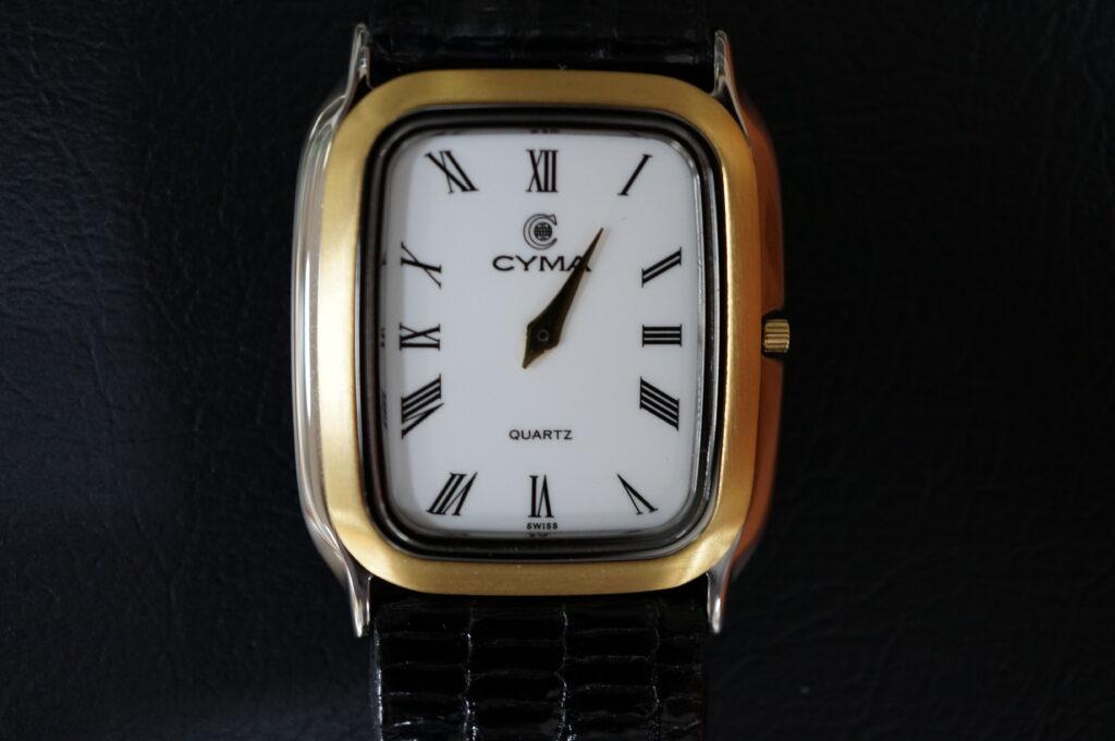 No.2419  CYMA クオーツ式 腕時計を修理しました