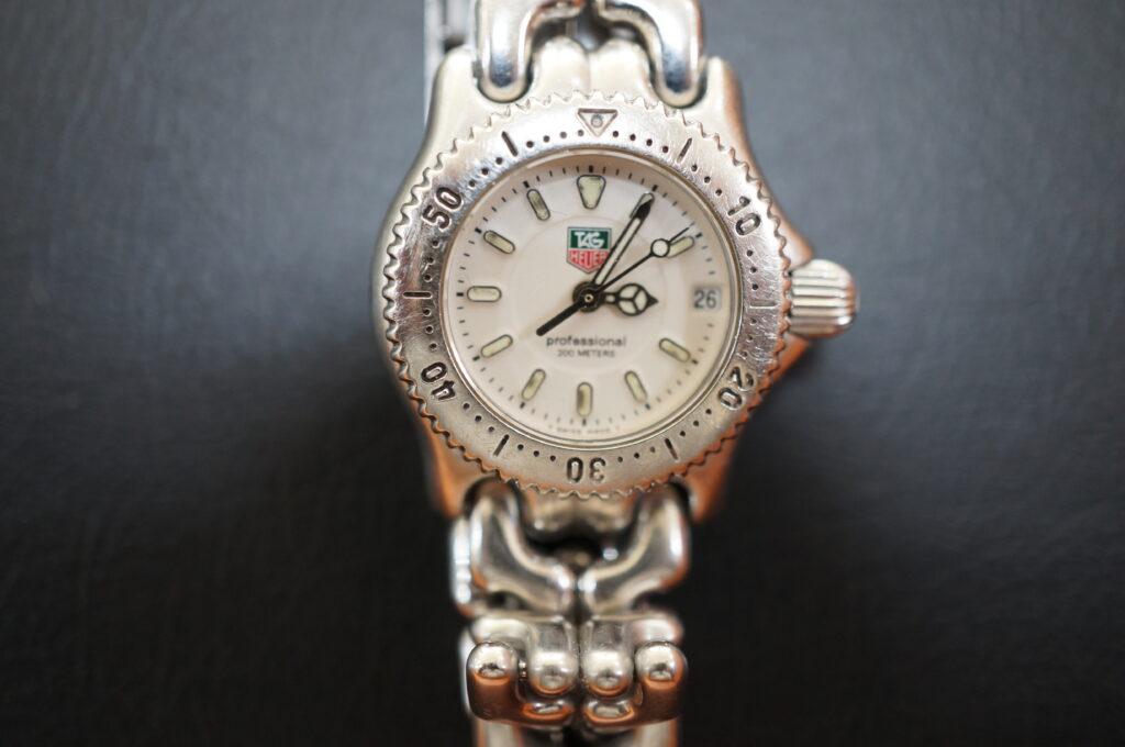 No.2416  TAG HEUER(タグホイヤー)クオーツ式 腕時計を修理しました
