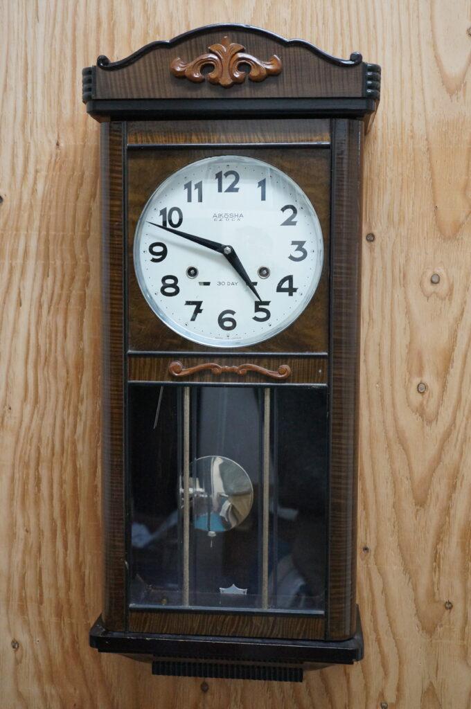 No.2434  アイチ アンティーク ゼンマイ式 掛け時計を修理しました