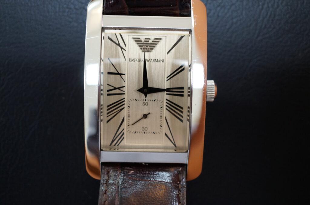 No.2483  EMPORIO ARMANI (エンポリオアルマーニ) クォーツ式 腕時計を修理しました