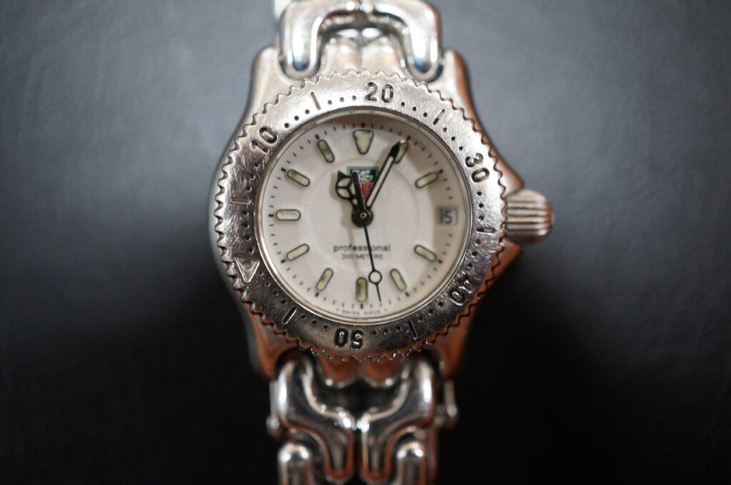 No.2502  TAG HEUER(タグホイヤー)クオーツ式 腕時計を修理しました
