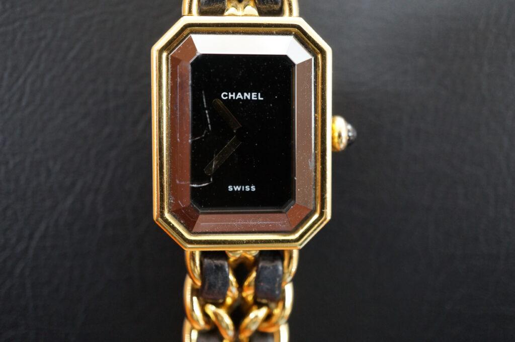No.2564  CHANEL (シャネル) クォーツ式 腕時計を修理しました