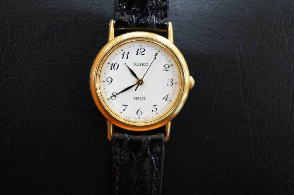No.2568  SEIKO  (セイコー ) クオーツ式 腕時計を修理しました
