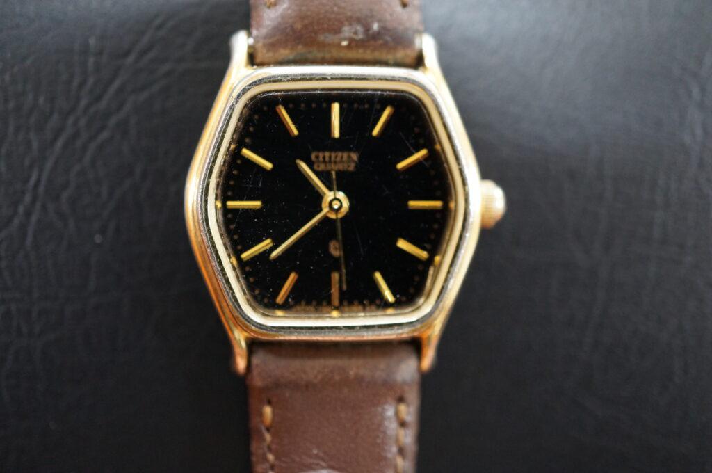 No.2591  CITIZEN (シチズン) クォーツ式 腕時計を修理しました