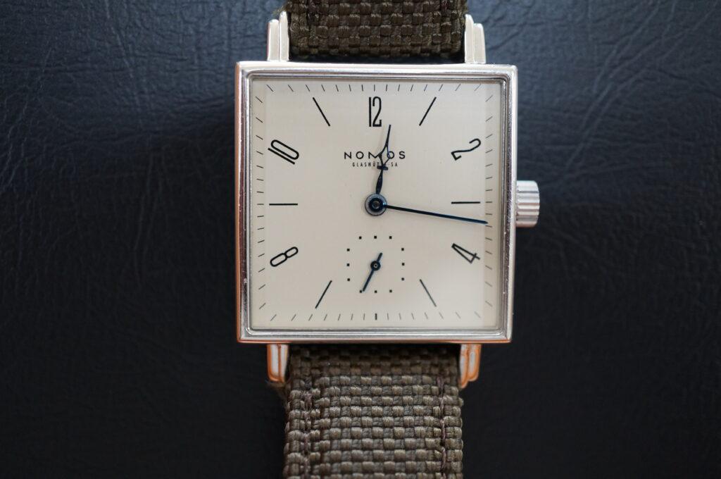 No.2644  NOMOS(ノモス)自動巻 腕時計を修理しました