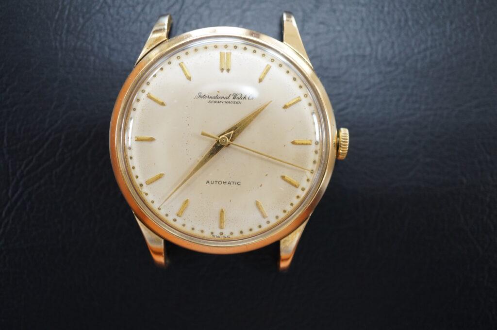 No.2660  IWC  (インターナショナル・ウォッチ・カンパニー) 自動巻き 腕時計を修理しました