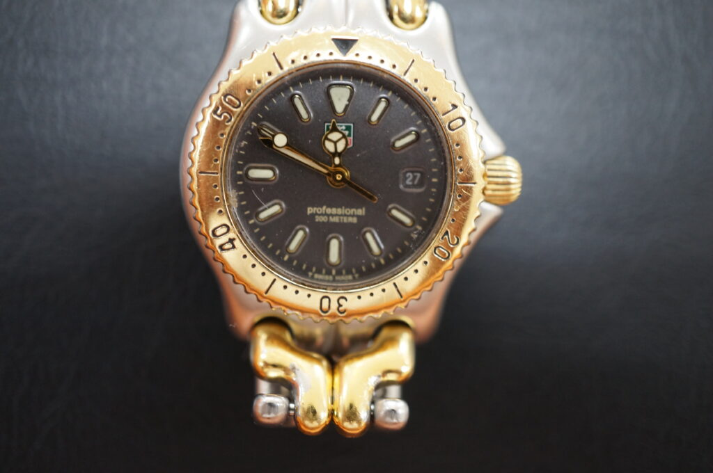 No.2696  TAG HEUER(タグホイヤー)クォーツ式 腕時計を修理しました