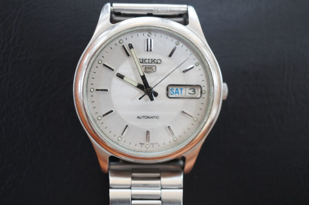 No.2699  SEIKO5  (セイコー ) クオーツ式 腕時計を修理しました