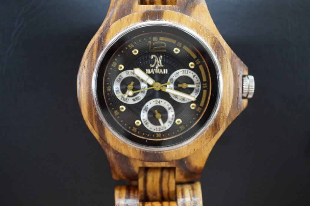 No.2711  HAWAII オリジナル木製  自動巻 腕時計を修理しました