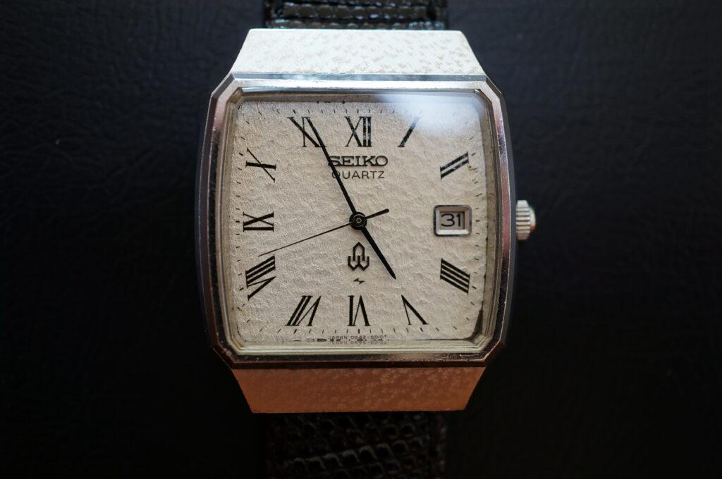 No.2713  SEIKO  (セイコー ) クオーツ式 腕時計を修理しました