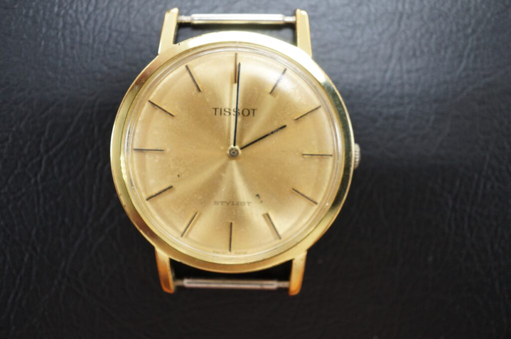 No.2750  TISSOT  (ティソ) 手巻式 腕時計を修理しました