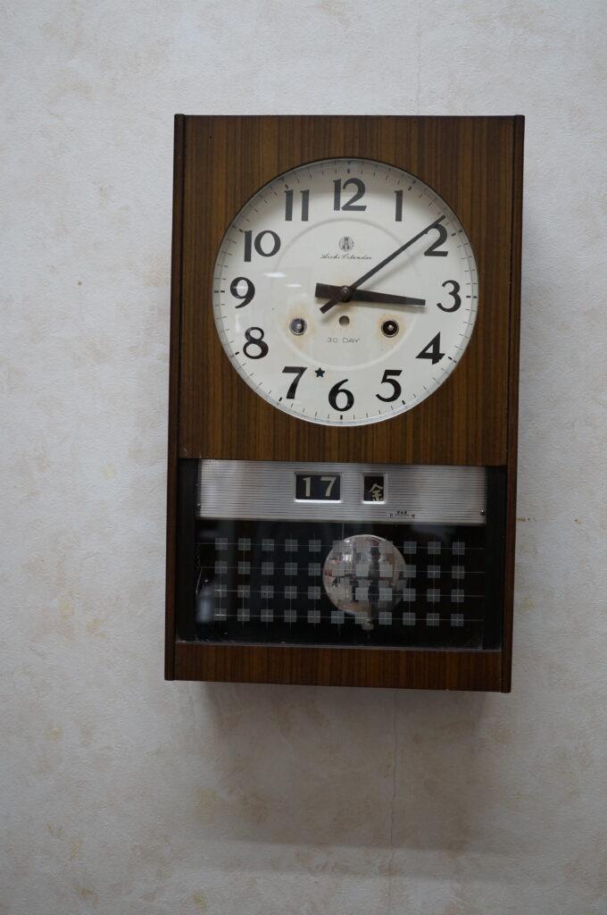No.2756  アイチ ゼンマイ式 掛け時計を修理しました