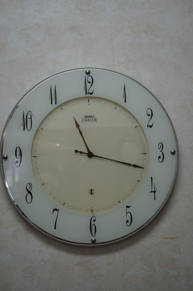 No.2775  SEIKO  EMBLEM  (エンブレム ) クォーツ式 掛時計を修理しました